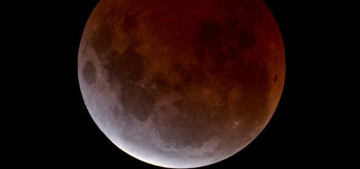 31 Gennaio 2018, eclissi totale di Luna: poster
